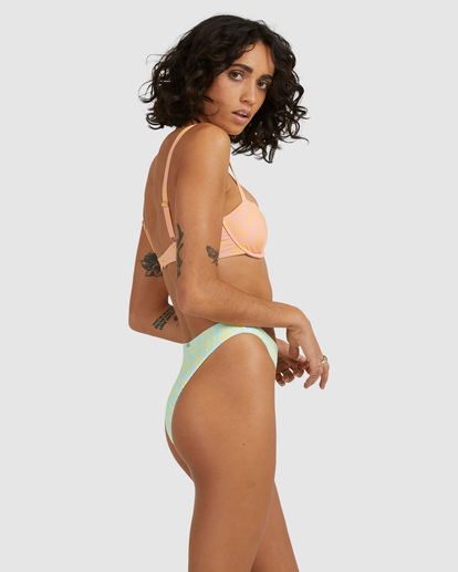 3 Hot Tropics Olivia Underwire Bikini Top Multicolor ABJX300512 Billabong