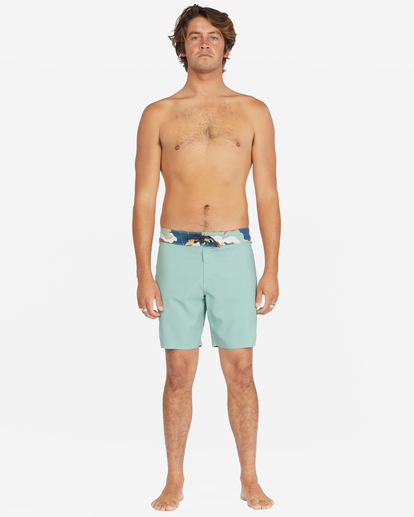 """8 All Day Pigment Pro Boardshorts 17"""" Green ABYBS00110 Billabong"""