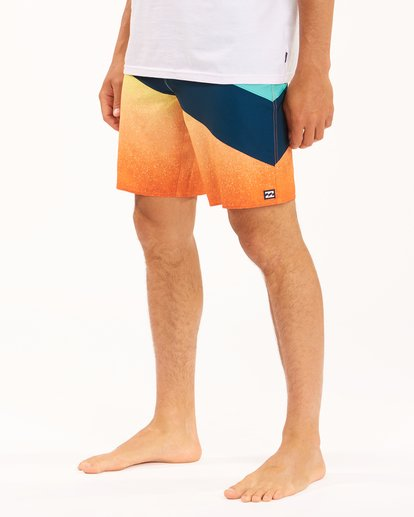 """3 T Street Pro Boardshorts 19"""" Red ABYBS00117 Billabong"""
