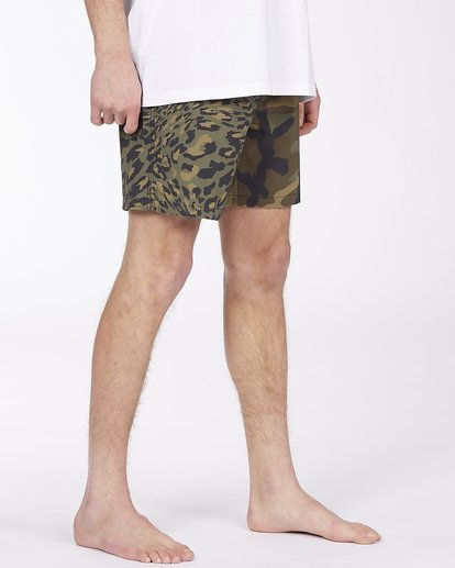 "4 Sundays Layback Boardshorts 17"" Black ABYBS00123 Billabong"