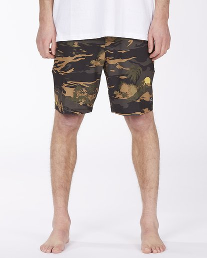 2 Surftrek Pro Boardshort Green ABYBS00137 Billabong