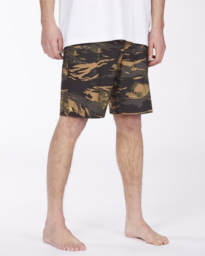4 Surftrek Pro Boardshort Green ABYBS00137 Billabong