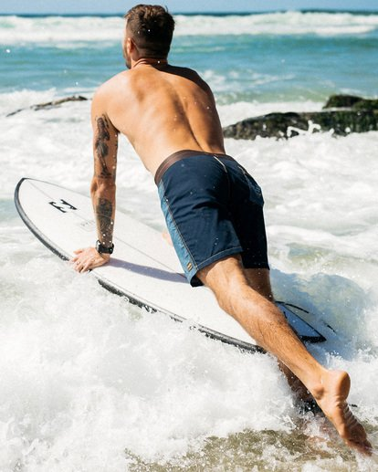 "1 Wrangler Icons Lo Tides Boardshorts 17"" Brown ABYBS00198 Billabong"
