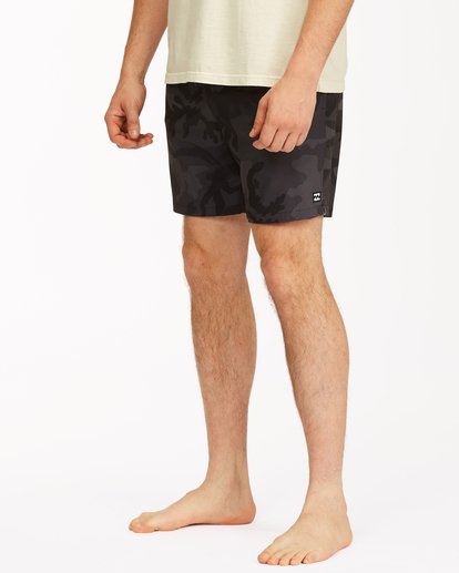 "3 Sundays Essential Boardshorts 17"" Black ABYBS00227 Billabong"