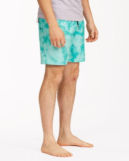 "4 Sundays Essential Boardshorts 17"" Green ABYBS00227 Billabong"