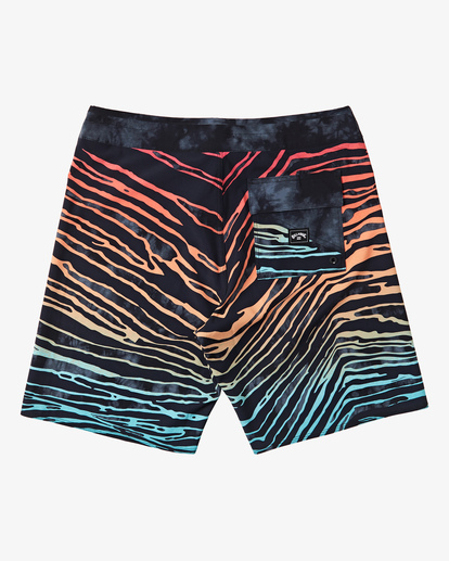 "3 Boys' Sundays Pro Boardshort 17"" Red B1231BSU Billabong"
