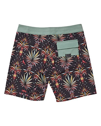 1 Boys' Sundays Pro Boardshorts Black B123VBSU Billabong
