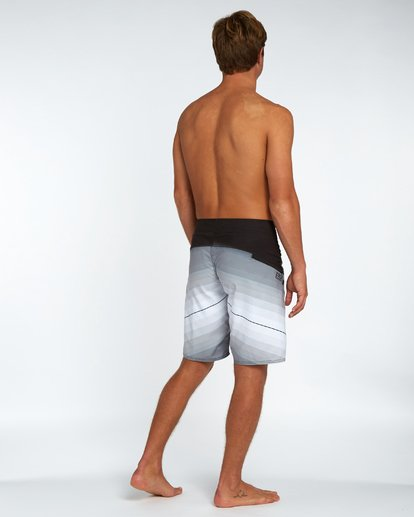 "2 Fluid Originals 21"" Boardshorts Noir H1BS32BIP8 Billabong"