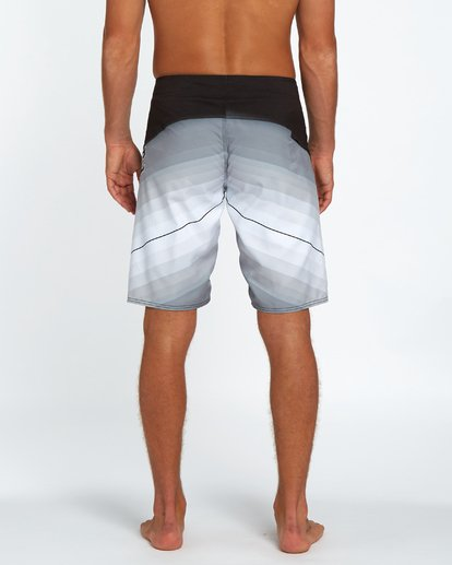 "3 Fluid Originals 21"" Boardshorts Noir H1BS32BIP8 Billabong"