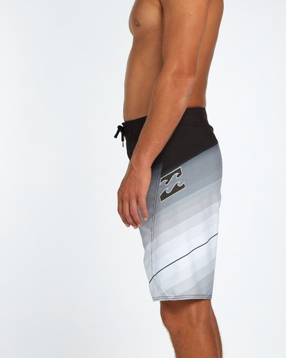 "4 Fluid Originals 21"" Boardshorts Noir H1BS32BIP8 Billabong"