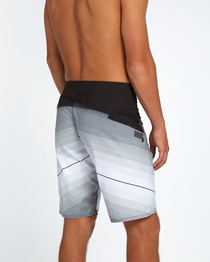 "5 Fluid Originals 21"" Boardshorts Noir H1BS32BIP8 Billabong"
