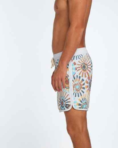 5 73 Line Up Laybacks 16Boardshort Beige H1LB02BIP8 Billabong