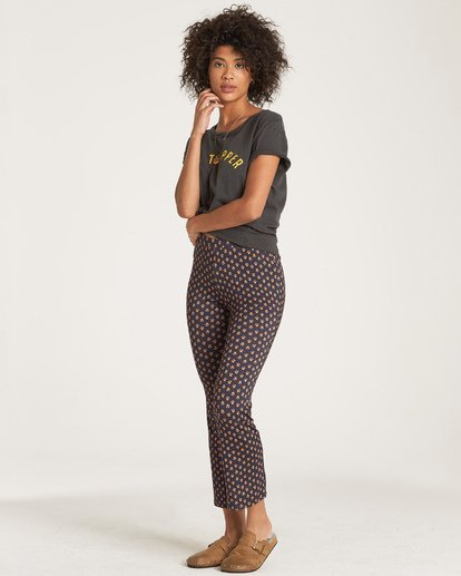 1 Sundown Crop Pant Black J329WBSU Billabong