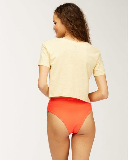 2 Diamond Crop T-Shirt Yellow J413UBCR Billabong