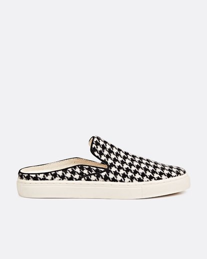 2 Carefre Slip-On Shoes  JFCTSBCA Billabong