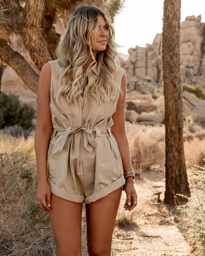 0 The Desert Romper Beige JN91SBDE Billabong