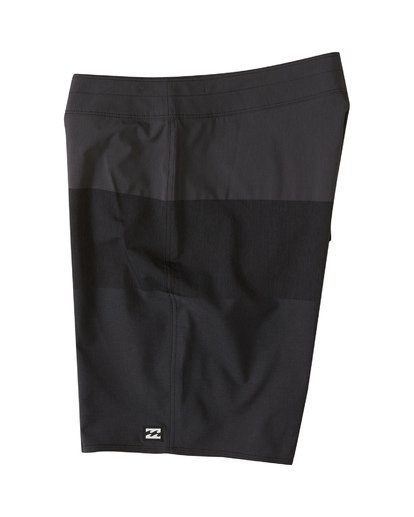 2 Tribong Airlite Boardshorts Black M1021BTA Billabong
