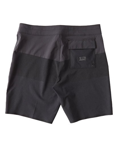 1 Tribong Airlite Boardshorts Black M102VBTB Billabong