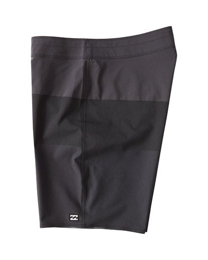2 Tribong Airlite Boardshorts Black M102VBTB Billabong
