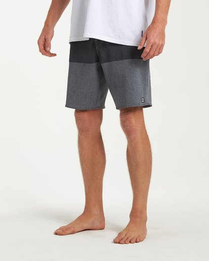 7 Tribong Airlite Boardshorts Black M102VBTB Billabong