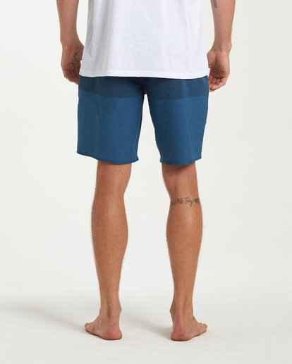 8 Tribong Airlite Boardshorts Blue M102VBTB Billabong