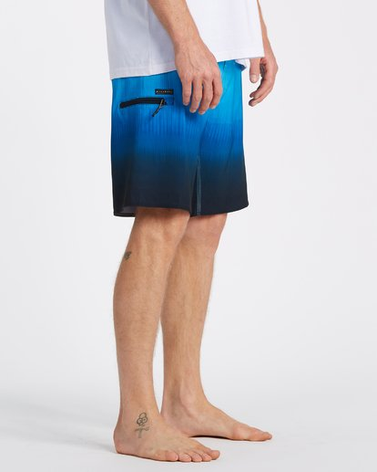 "4 Fluid Airlite Boardshorts 20"" Blue M1041BFL Billabong"