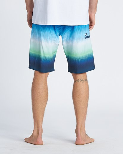 8 Fluid Airlite Boardshorts Green M1041BFL Billabong