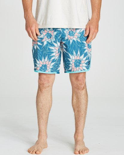 3 73 Airlite Lineup Boardshorts Blue M104QBST Billabong