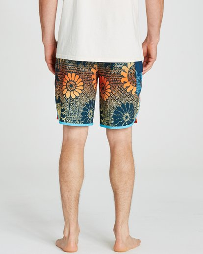 4 73 Airlite Lineup Boardshorts Red M104QBST Billabong