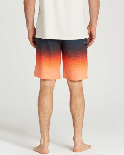 9 Fluid Airlite Boardshorts Orange M104TBFL Billabong