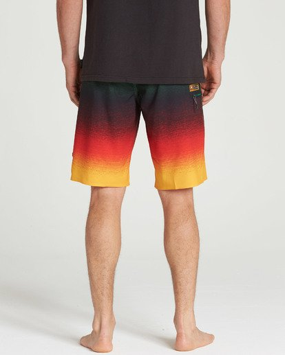 7 Fluid Airlite Boardshorts  M104TBFL Billabong