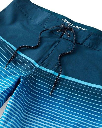 4 Fluid Airlite Boardshorts Blue M104VBFL Billabong