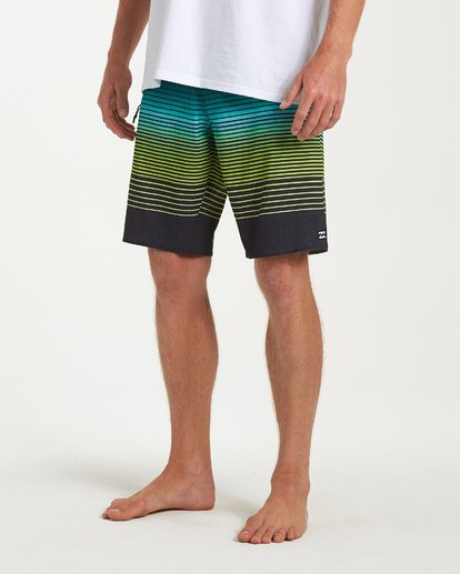7 Fluid Airlite Boardshorts Black M104VBFL Billabong