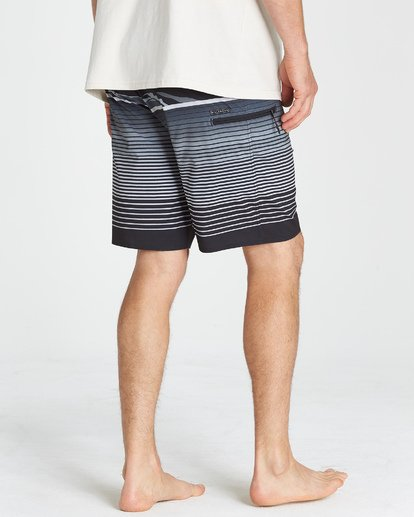 9 Fluid Airlite Boardshorts  M104VBFL Billabong