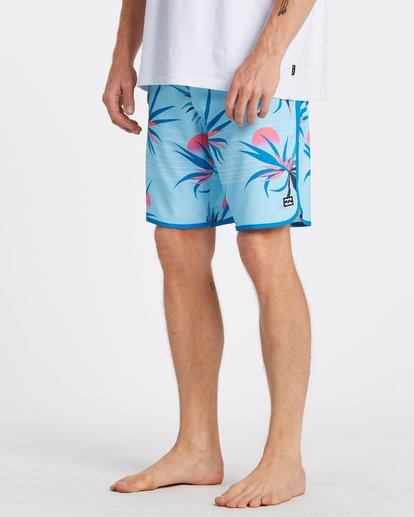 "3 73 Airlite Boardshorts 19"" Blue M1061BSA Billabong"