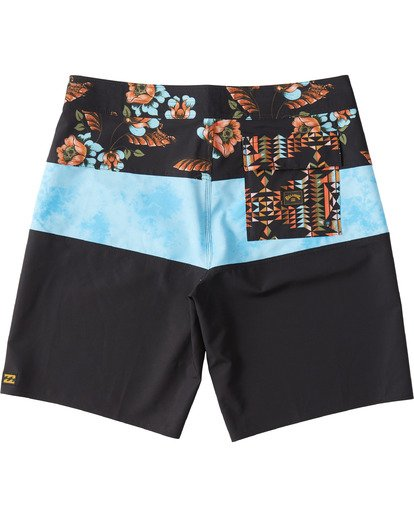 6 Tribong Pro Boardshorts Black M1201BTB Billabong