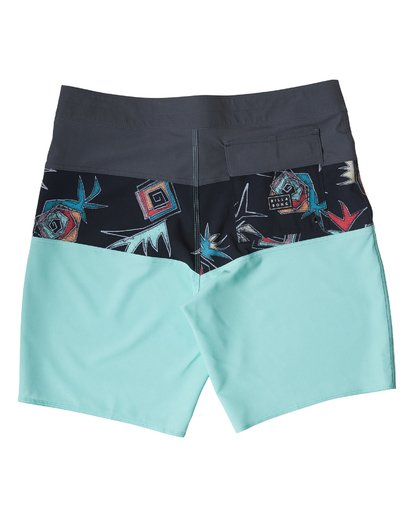 1 Tribong Pro Boardshorts Green M120TBTB Billabong