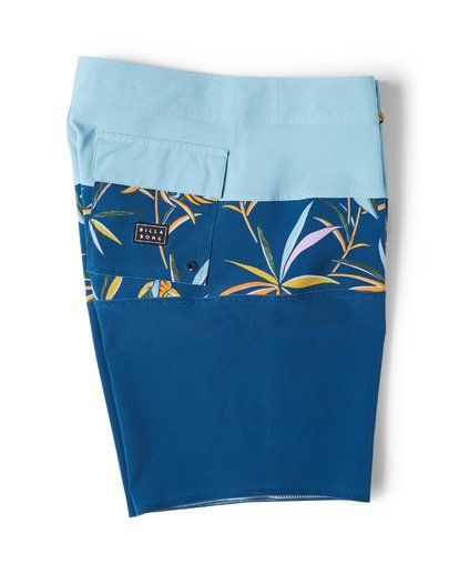 2 Tribong Pro Boardshorts Blue M120VBTB Billabong