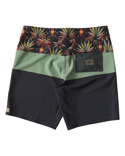 1 Tribong Pro Boardshorts Blue M120VBTB Billabong
