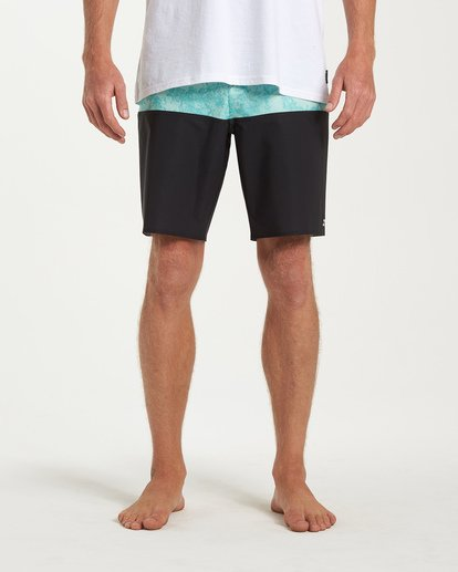 6 Tribong Pro Boardshorts Black M120VBTB Billabong