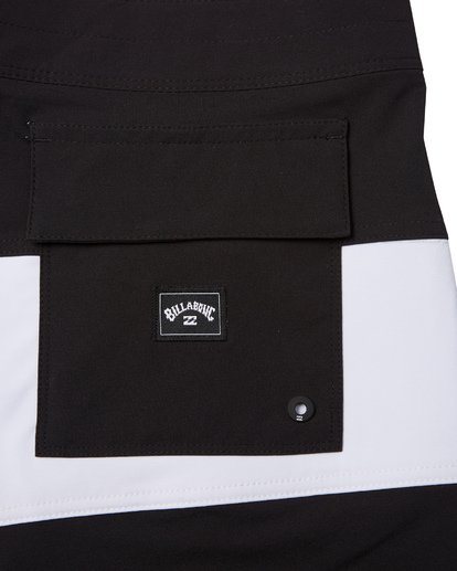 6 Tribong Pro Solid Boardshorts Black M1211BTS Billabong