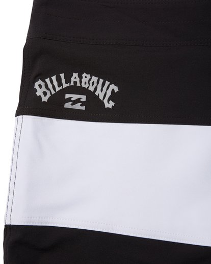 7 Tribong Pro Solid Boardshorts Black M1211BTS Billabong