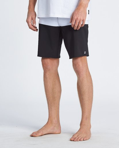 9 Tribong Pro Solid Boardshorts Black M1211BTS Billabong