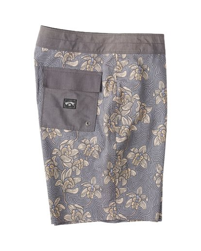 3 Sundays Down Under Boardshorts Brown M1231BSE Billabong