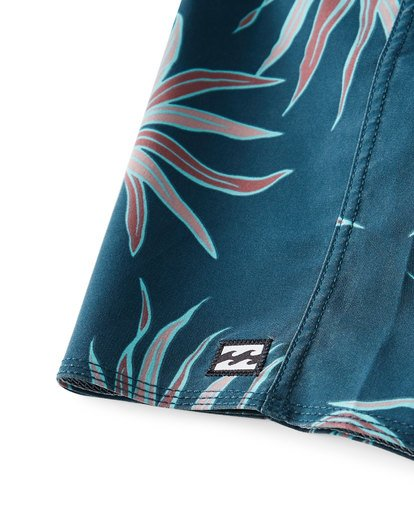 6 Sundays Pro Boardshorts Blue M123VBSU Billabong