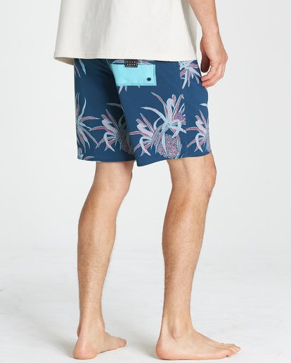 8 Sundays Pro Boardshorts Blue M123VBSU Billabong
