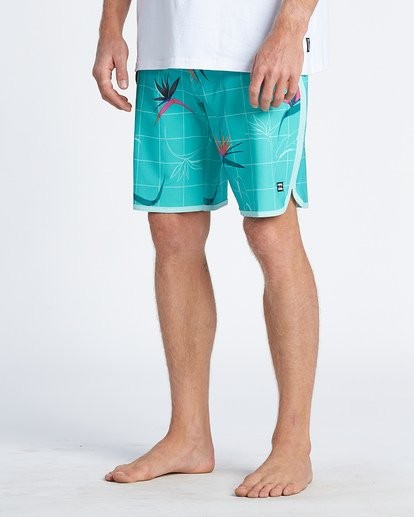 8 73 Line Up Pro Boardshorts Blue M1261BSL Billabong