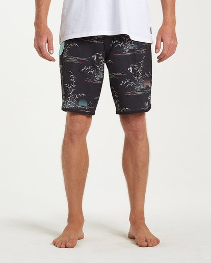 6 73 Line Up Pro Boardshorts Black M126VBSL Billabong