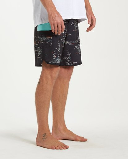 8 73 Line Up Pro Boardshorts Black M126VBSL Billabong