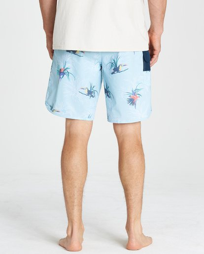 10 73 Line Up Pro Boardshorts Blue M126VBSL Billabong